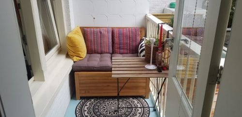 The Balcony bench is easy to combine with multiple colors and other natural materials