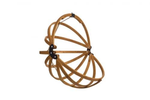 Gaya wooden hanging egg