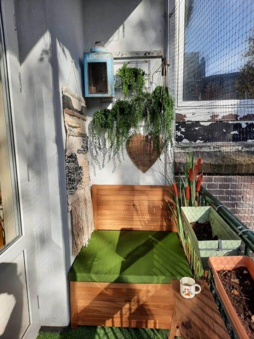 Balkon-loungebank-van-85-cm-breed-met-olijfgroen-kussen